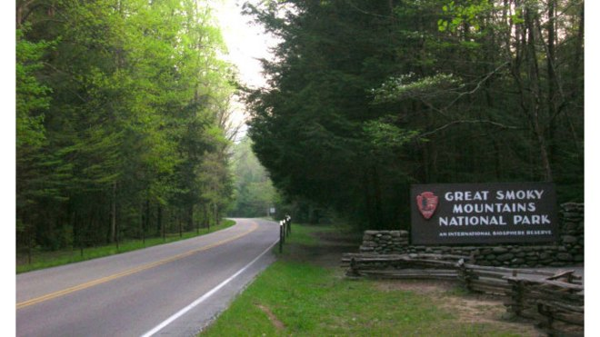 The Great Smoky Mountain National Park Affected by the Government Shutdown - This could put a damper into your vacation for visiting the Smoky Mountains.