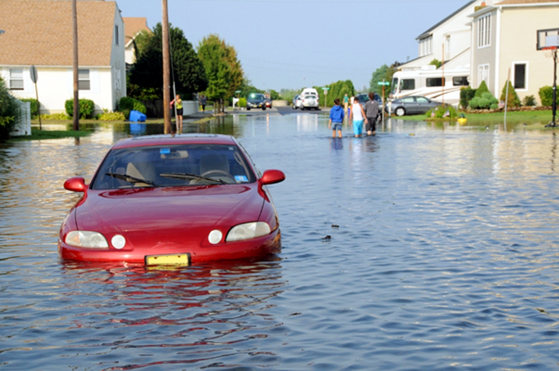 Stranded Car in Flood Water, Car no longer there? Not sure what happened or who took your car?
