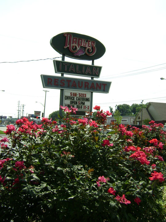 Naples Italian in Knoxville Closed After 48 Years - the future is still unclear, as it had a deal to be purchased. #NaplesItalian